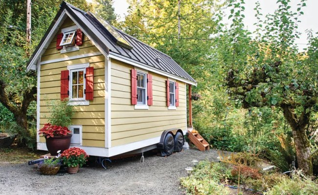 Living Large In 150 Square Feet Why The Tiny House