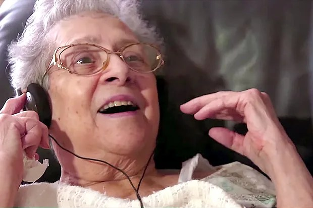 """""""Alive Inside"""": Music may be the best medicine for dementia"""