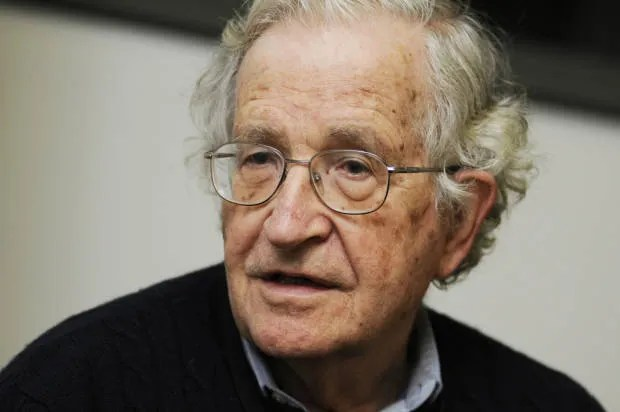 Noam Chomsky: Bernie Sanders is good for the Democratic Party