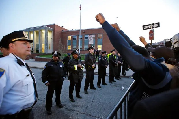 "Police union throws a self-pity party in Baltimore: Freddie Gray protesters are a ""lynch mob"""