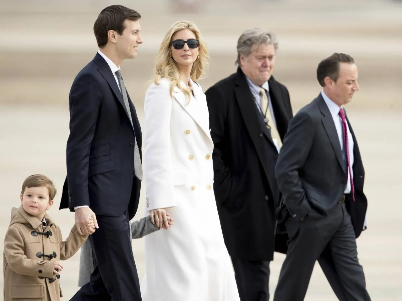 Ivanka Trump Resume Breitbart Takes On Jared Kushner Steve Bannon Is Shielded