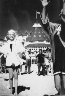 White Mask Marilyn Monroe And Hotel Del Coronado
