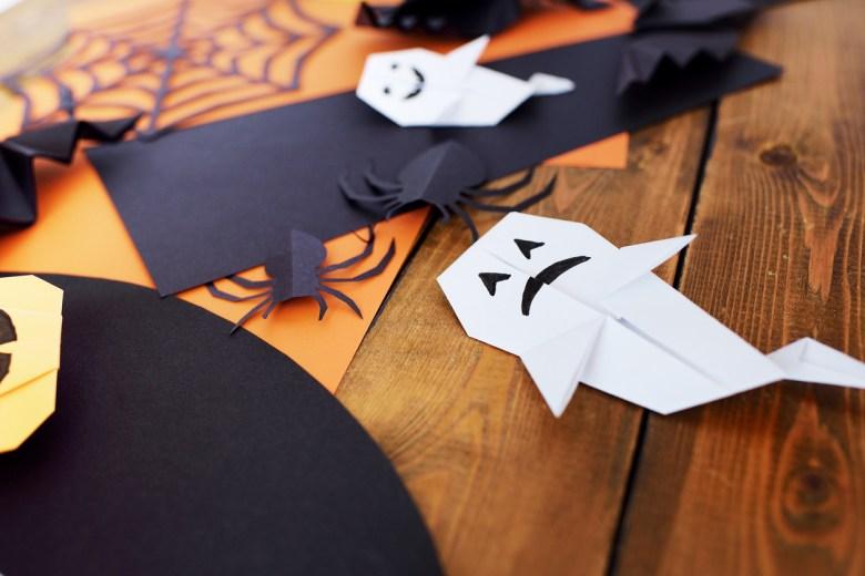 vika spöke i papper
