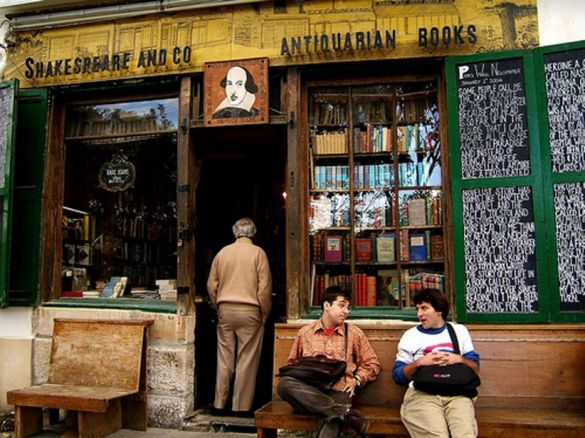shakespeare-and-co-240