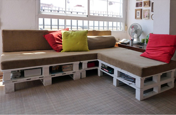 D I Y Pallet Sofa Top 15 Examples To Inspire Some ScrapHack Action!