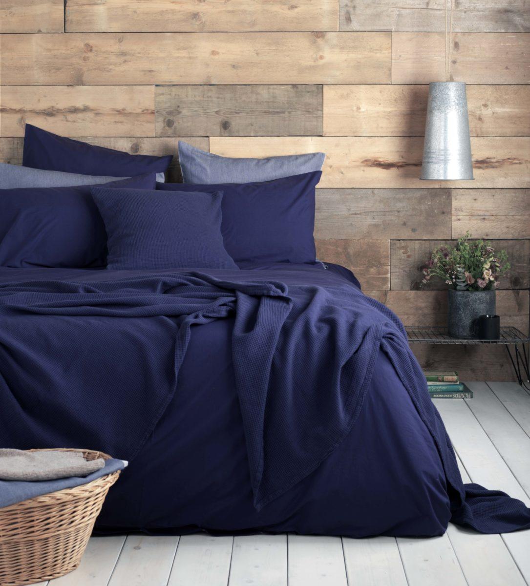 navy bed linen