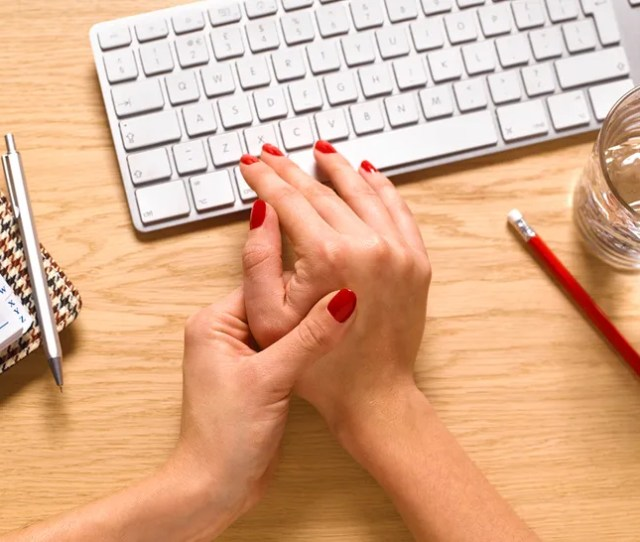 2 Major Signs Of Carpal Tunnel Syndrome You Shouldnt Ignore