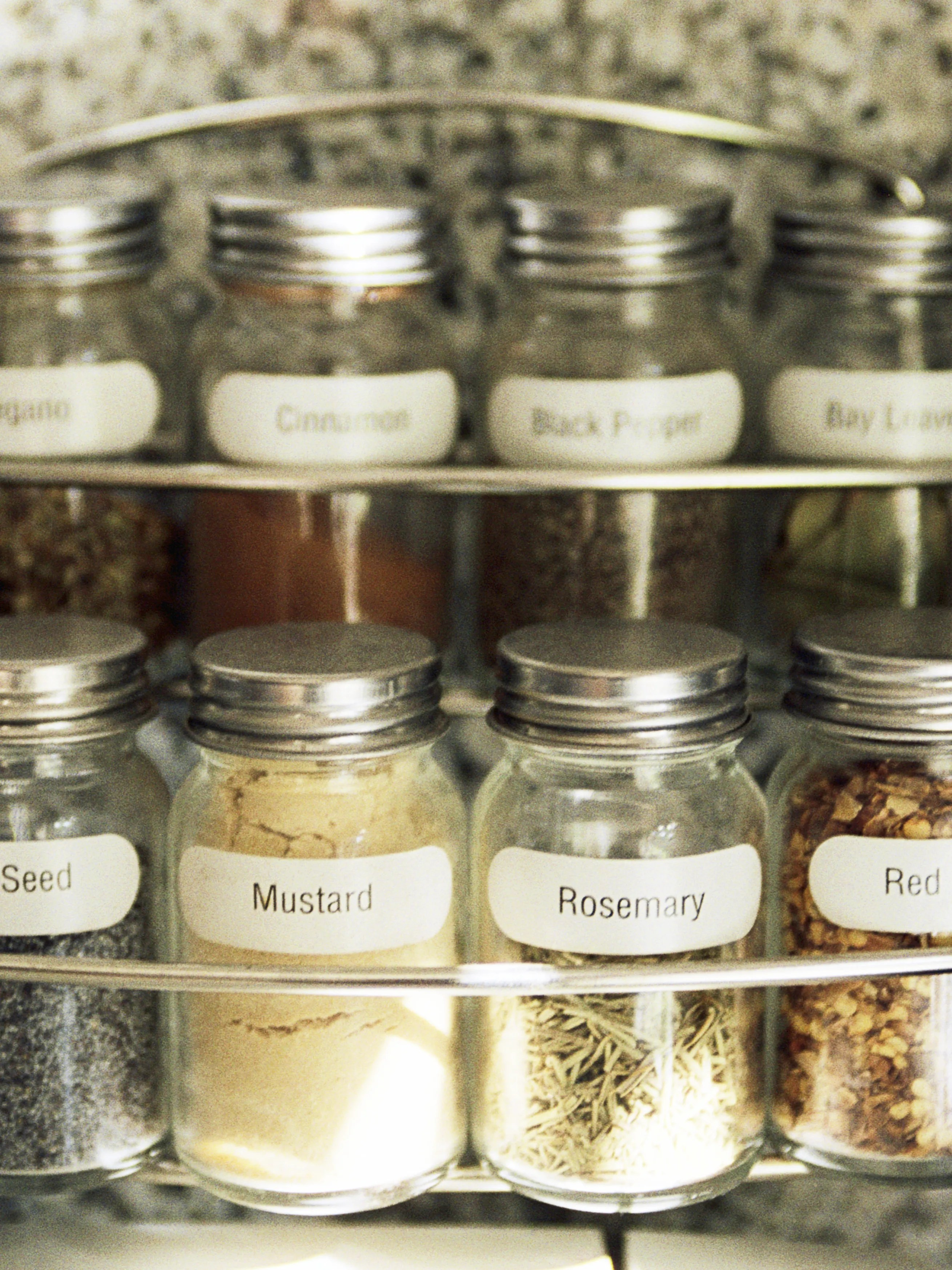 how to organize your spice rack like a