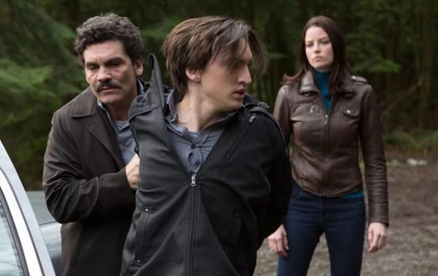 "Continuum Season 2 Episode 9 ""Seconds"" Recap and Review"