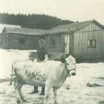 Astrid född Eriksson 1908, gift med Mauritz Blomkvist