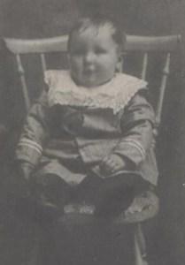 Adolfs lillebror Nore Lindström f 1915 i Rörtjärn, d 2003 i Snesudden/Holmträsk.
