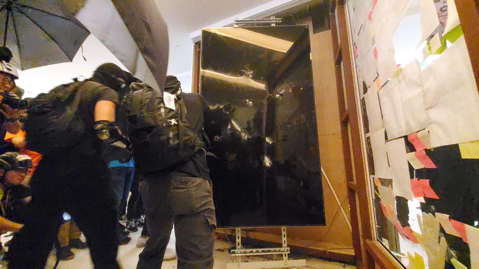 【修例風波】沙田報案室服務暫停 警方警告示威者立即停止違法行為   多倫多   加拿大中文新聞網 - 加拿大星 ...