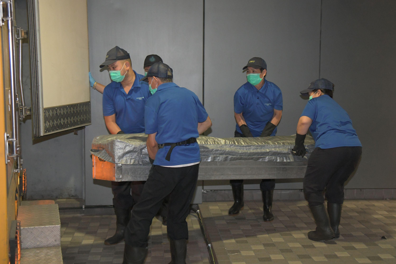 兩病人死後確診新冠 食環署︰已提醒運送遺體須穿上合適保護裝備 | 多倫多 | 加拿大中文新聞網 - 加拿大星島 ...
