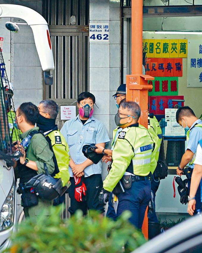 車長備士巴拿當藏武器 工會表不滿 | 多倫多 | 加拿大中文新聞網 - 加拿大星島日報 Canada Chinese News