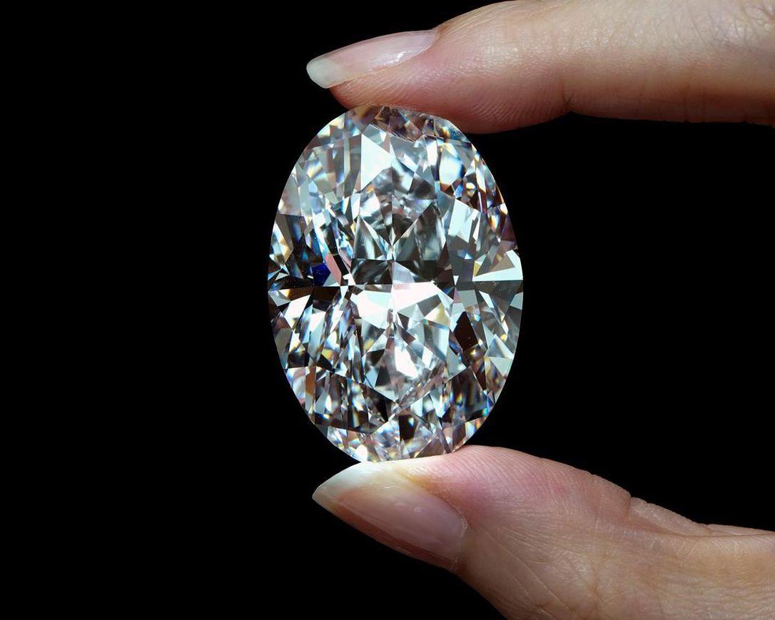 1570萬美元!一顆稀有加拿大鑽石以天價拍出   多倫多   加拿大中文新聞網 - 加拿大星島日報 Canada Chinese News