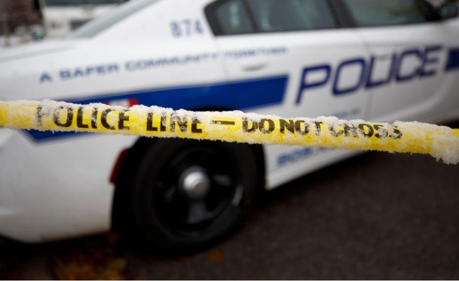 女子住所車道險被搶車 遭賊人用槍托打傷頭 | 多倫多 | 加拿大中文新聞網 - 加拿大星島日報 Canada Chinese News