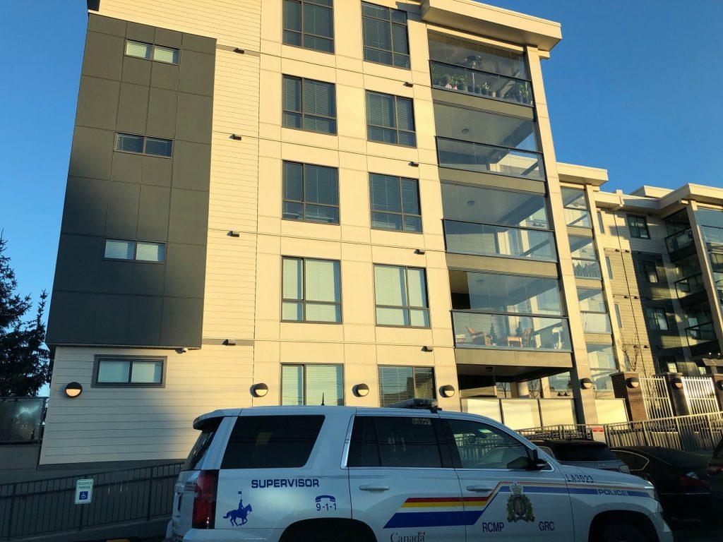 蘭里周一凌晨發生槍擊事件 一男子中槍送院 | 多倫多 | 加拿大中文新聞網 - 加拿大星島日報 Canada Chinese News