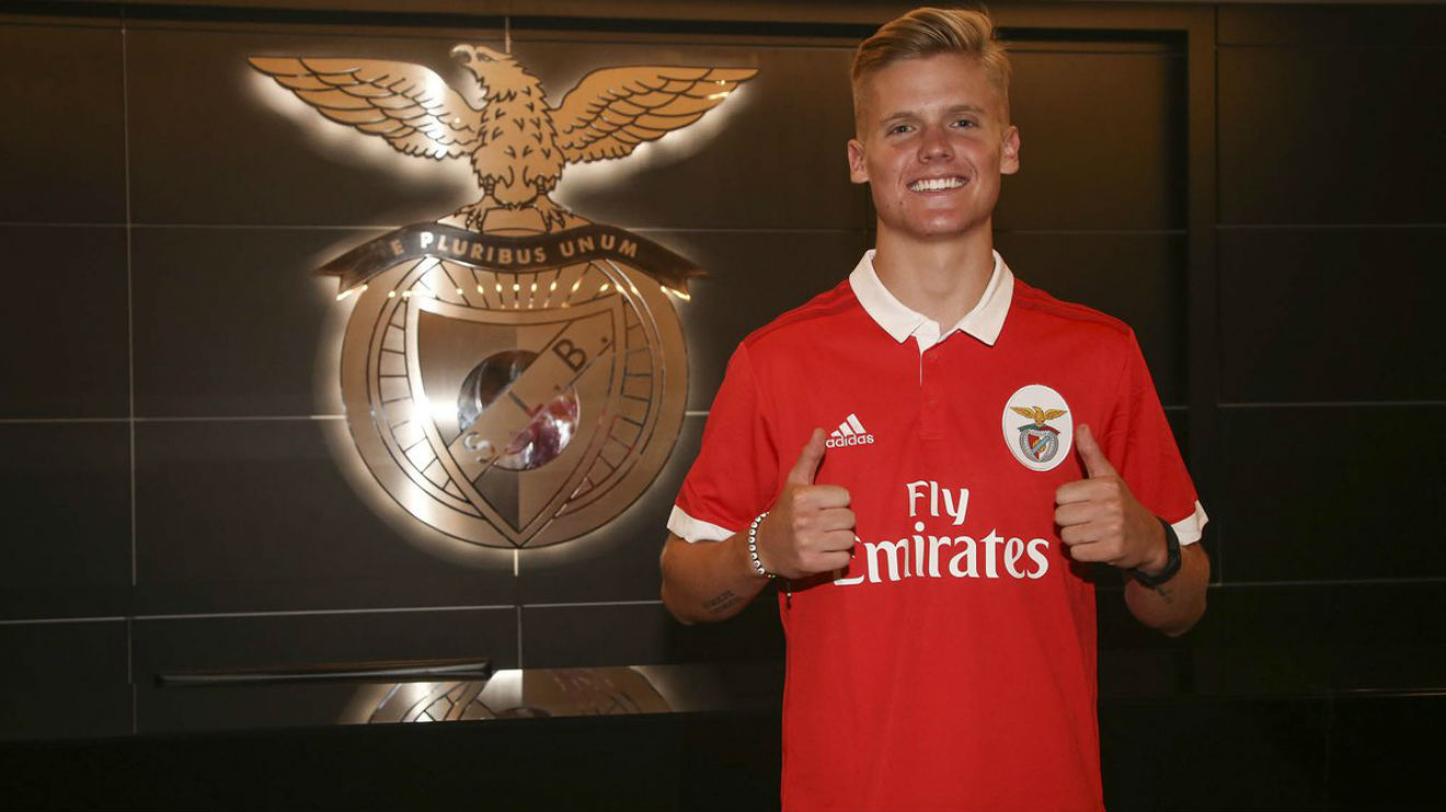 Sports And More Slbenfica Usa Ussoccer 20 Yrs Old
