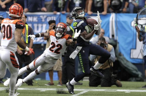 Move Over; Steve Largent Seahawks Rookie Receiver Dk