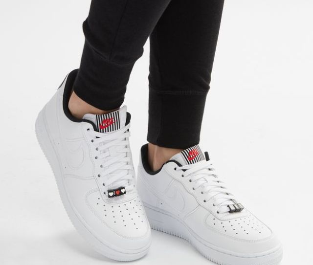 Nike Air Force 1 07 Se Lx Shoe Valentines Day Pack 1027663