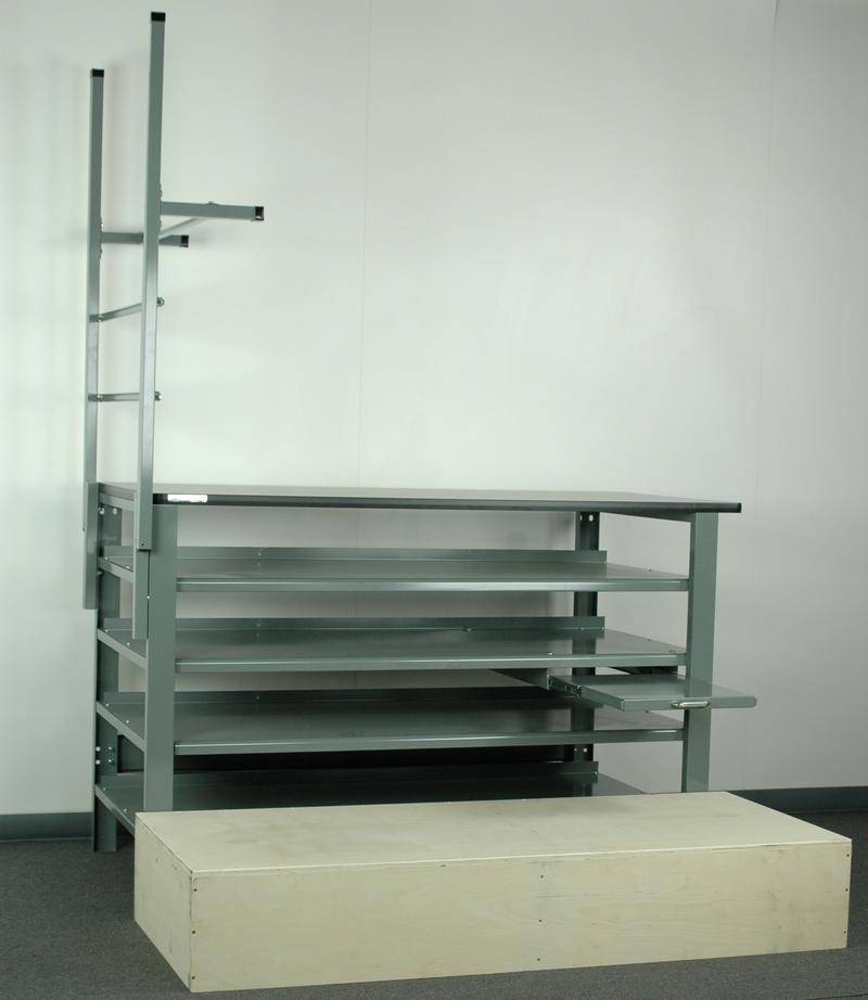 Cabinet 12 Bench Steel Drawers