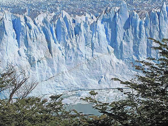 argentina-perito-moreno-glacier_07