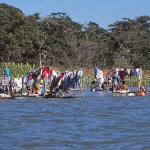 Tvättande indianer. Amazonas