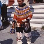 Grönländsk kvinna med dotter. Nuuk