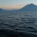 Tidig kväll vid Lago de Atitlan