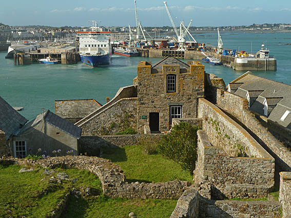 guernsey-st-peter-port_19