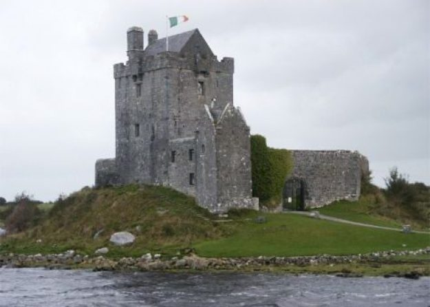 Dunguaire Castle. Kinvarra