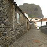 Hus av lavasten. Porto da Cruz