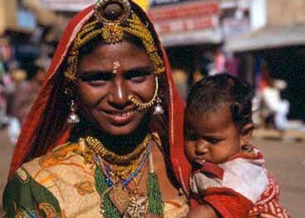 Kvinna med barn. Jaisalmer