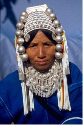 Akhakvinna. Mae Salong