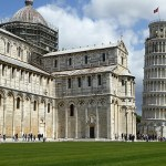 Torre pendente. Lutande tornet. Pisa (U)