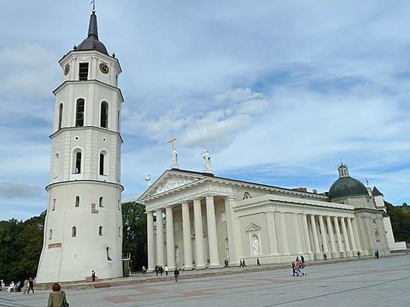 Katedralen och klocktornet. Vilnius (U)