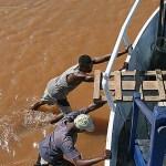 Båten på grund! Tsiribihina river