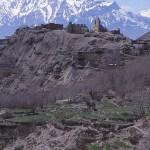 Vy över byn Jhong, 3 800 möh