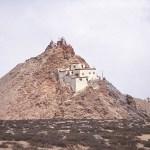 Kloster vid sjön Manosaravar