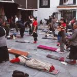 Tibetaner i bön. Jokhangtemplet. Lhasa