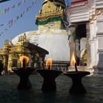 Offerljus vid Swayambhunath. Kathmandu (U)
