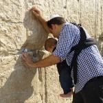 Vid Klagomuren. Jerusalem