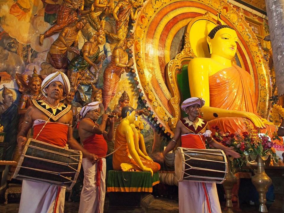 Möt religionen och.... Colombo