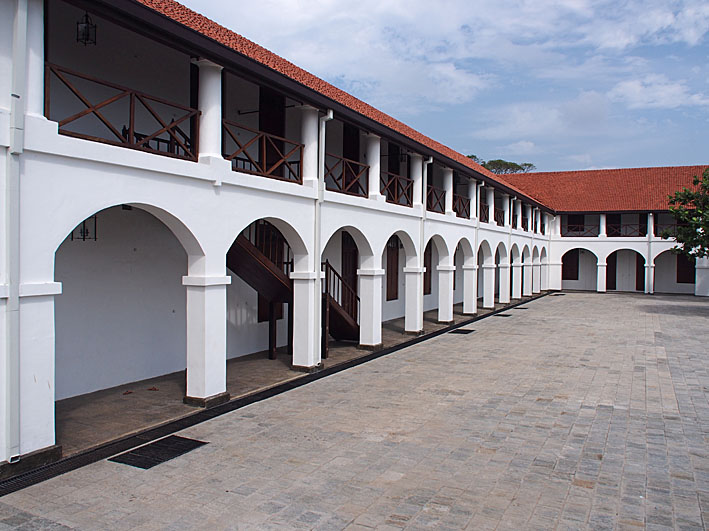 Old Dutch hospital. Galle (U)