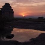 Solnedgång från Hemakuta hill. Hampi (U)
