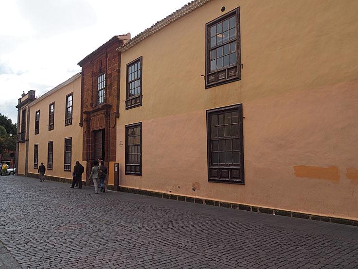 Magistrat huset. San Cristobal de La Laguna (U)