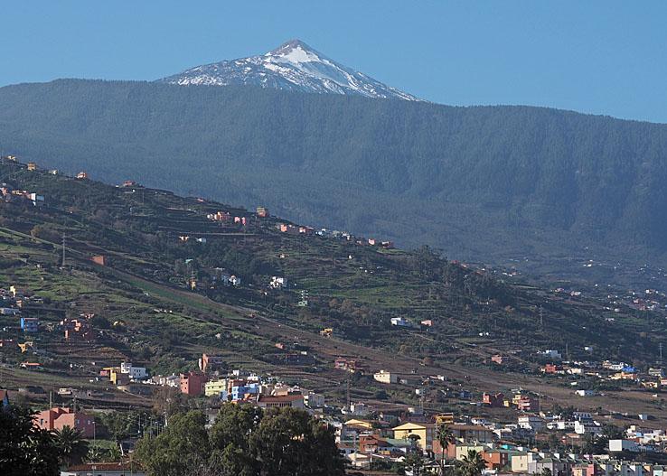 Vy över Orotava-dalen och Teide. La Orotava