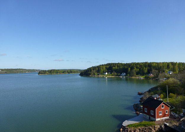 Vy från bron i Godby