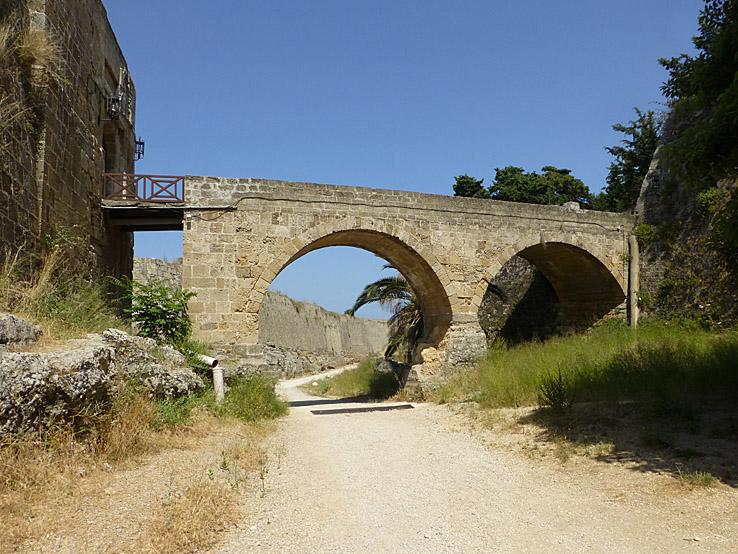Bro till Rhodos gamla stad (U)