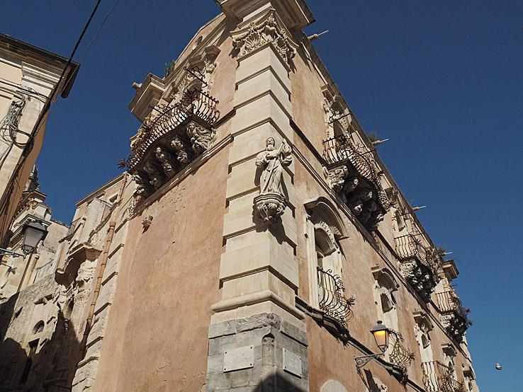 Palazzo Cosentina. Ragusa Ibla (U)